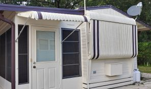 Nice unit in Happy Days RV Park, Zephyrhills